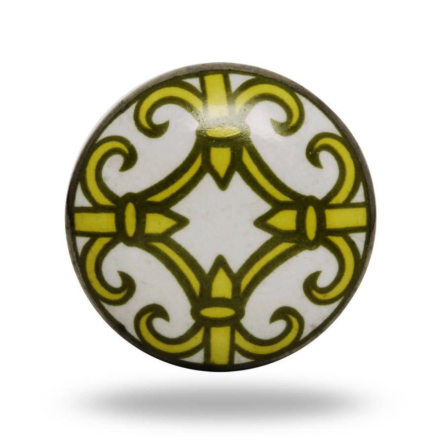 Trinca-Ferro Ornate Ceramic Cadiz Knob In White And Yellow