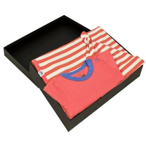 Body T Shirt, Hat And Blanket Gift Set