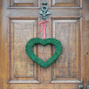 Moss Wreath Heart - hanging decorations