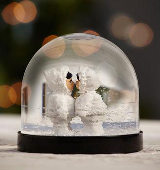 Girls Eskimo Snow Globe