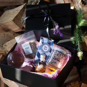 Tranquil Island Lavender Bathtime Gift Set - boxes & hampers