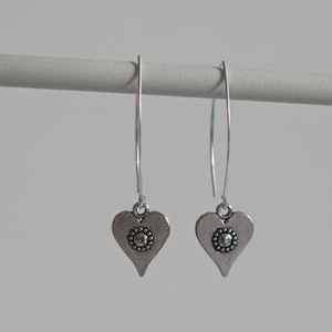 Daisy Heart Silver Earrings - jewellery sale