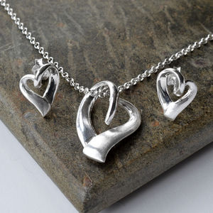Silver Ribbon Heart Jewellery Set