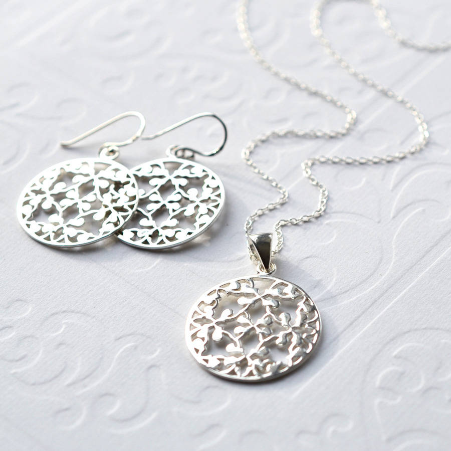 Silver Round Floral Jewellery Set