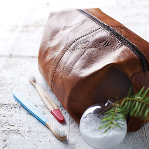 Leather Wash Bag - last-minute christmas gifts for him