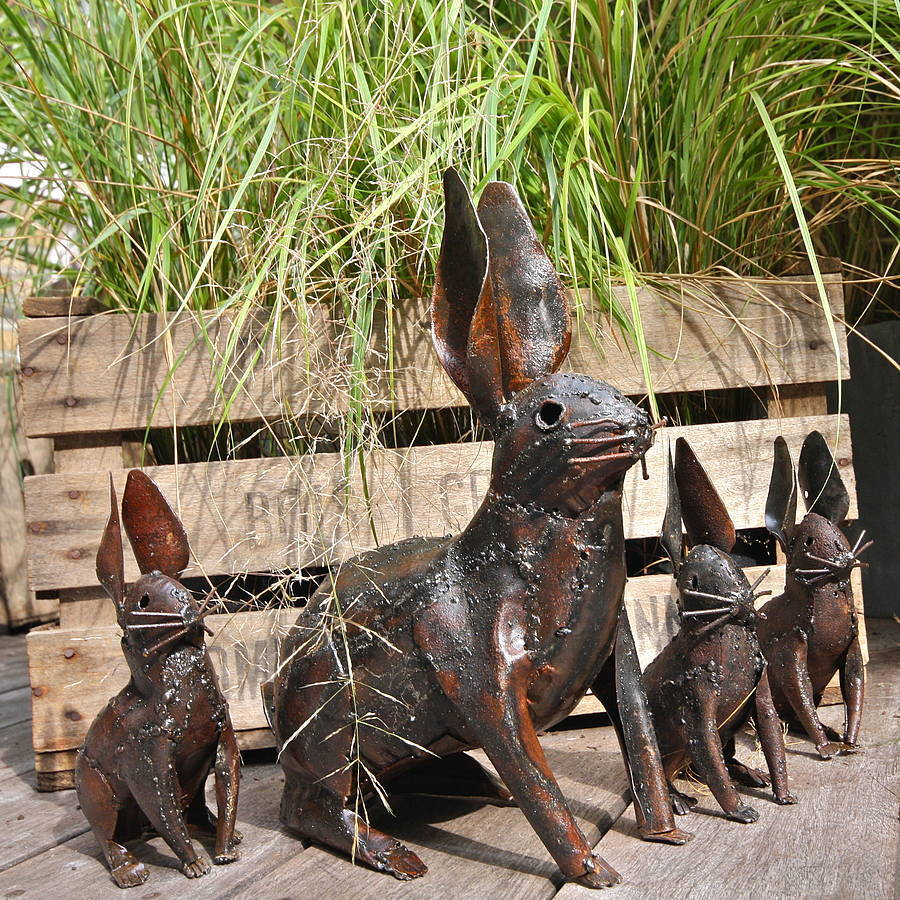 Metal rabbit garden decoration by london garden trading for Decoration jardin metal