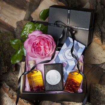 Rose And Geranium Bath And Body Gift Set