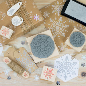 Christmas Dotty Snowflake Rubber Stamp - ribbon & wrap