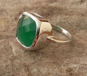 Elizabeth Raine Green Onyx Ring - rings