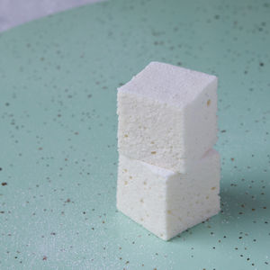Madagascan Vanilla Angel 36 Marshmallow Party Box