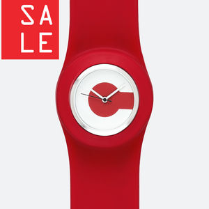 50% Off: Classic Silicone Snap Strap Watch - watches