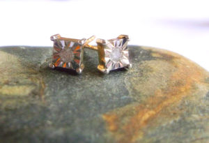9ct Gold 0.10ct Diamond Stud Earrings