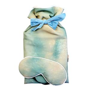 Luxury Ice Gift Set Of Eye Mask And Hot Water Bottle