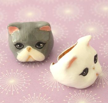 Lucy Exotic Short Hair Cat Ring