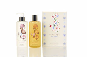 New! Les Petits Festive Gift Set - baby care