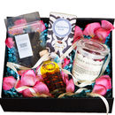 Queen Of Roses Bespoke Gift Set