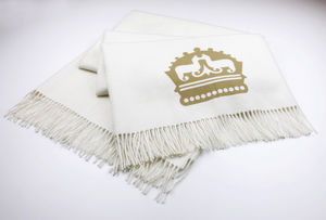The Alpaca Co. Crest Throw - blankets & throws