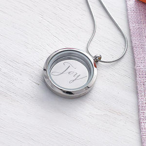 Calligraphy Locket - for grandmothers