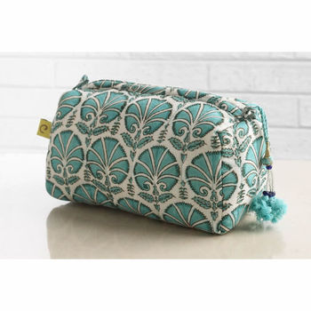 Madurai Carnation Makeup Bag