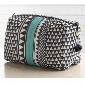 Sankari Geometric Stripe Quilted Voile Wash Bag - bathroom