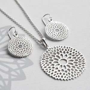 Silver Chrysanthemum Jewellery Set