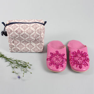 Women's Washbag And Slipper Gift Set, Plum