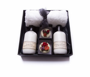Aromatherapy Gift Box Body Lotions And Bathmelts - bathroom