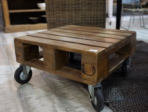 Pallet Coffee Table - furniture