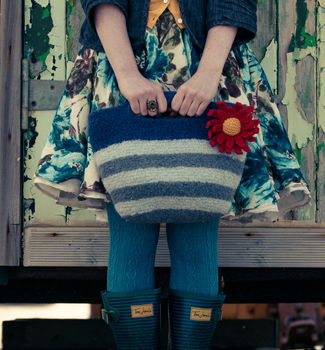 Striped Felt Bag With Daisy Knitting Kit