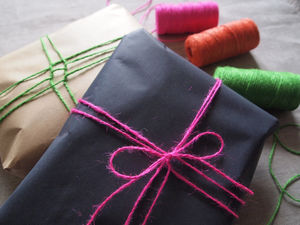 Neon Wrapping Set - cards & wrap