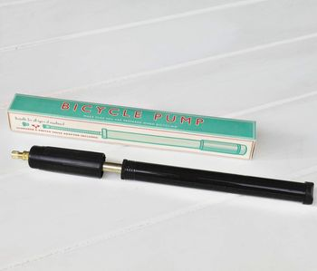 Vintage Style Bicycle Pump