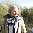 Puzzle Pattern Infinity Scarf