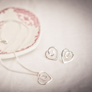 Eternal Heart Pendant And Studs Set