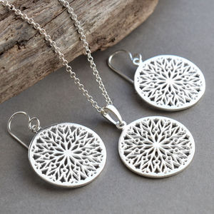 Silver Snowflake Jewellery Set - christmas entertaining