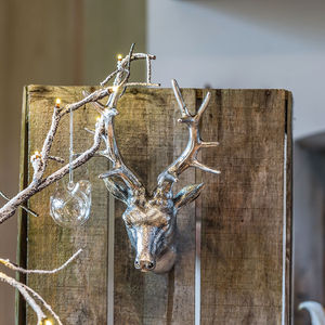 Wall Mounted Silver Reindeer Head