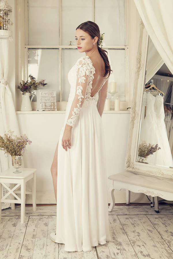 Long Sleeves Soft White Wedding Dress