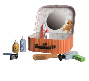 Wooden Toy Shaving Kit In A Case