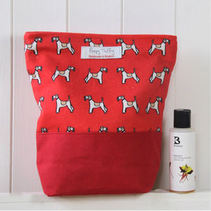 Fox Terrier Wash Bag - wash & toiletry bags