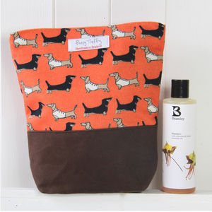 Dachshund Wash Bag - bathroom