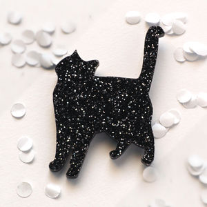 Cat Brooch - women's jewellery