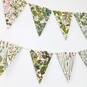 Botanical Bunting - on trend: botanical