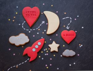 I Love You To The Moon And Back Biscuit Gift Set - love tokens for him