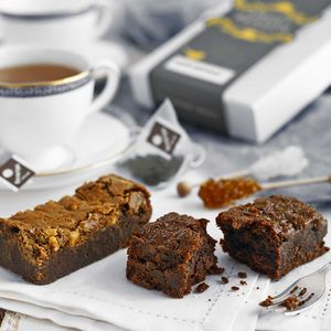 Salt 'N' Sweet Treats And Tea Box - brownies