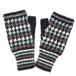 Dogtooth Fingerless Mittens In Organic Cotton - hats & gloves