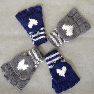 Chunky Wool Knit Mittens With Heart Detail