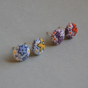 Pop! Flower Earrings - earrings