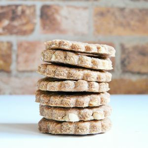 Anya's Peanut Butter And Banana Cookies Dog Treats