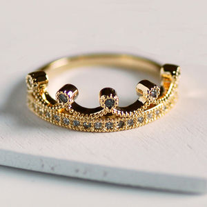 Dainty Princess Ring - women's jewellery