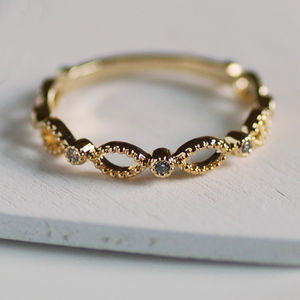 Dainty Garland Ring - rings