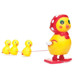 Wind Up Mother Hen And Babeis Family Toy